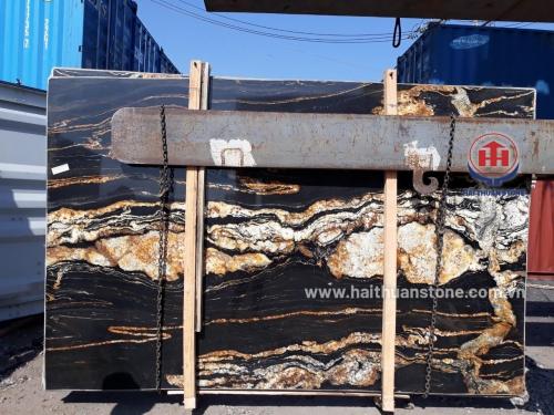 Đá Granite Magma gold (xanh vân vàng)