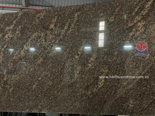 Đá Granite vàng Anh Quốc da báo