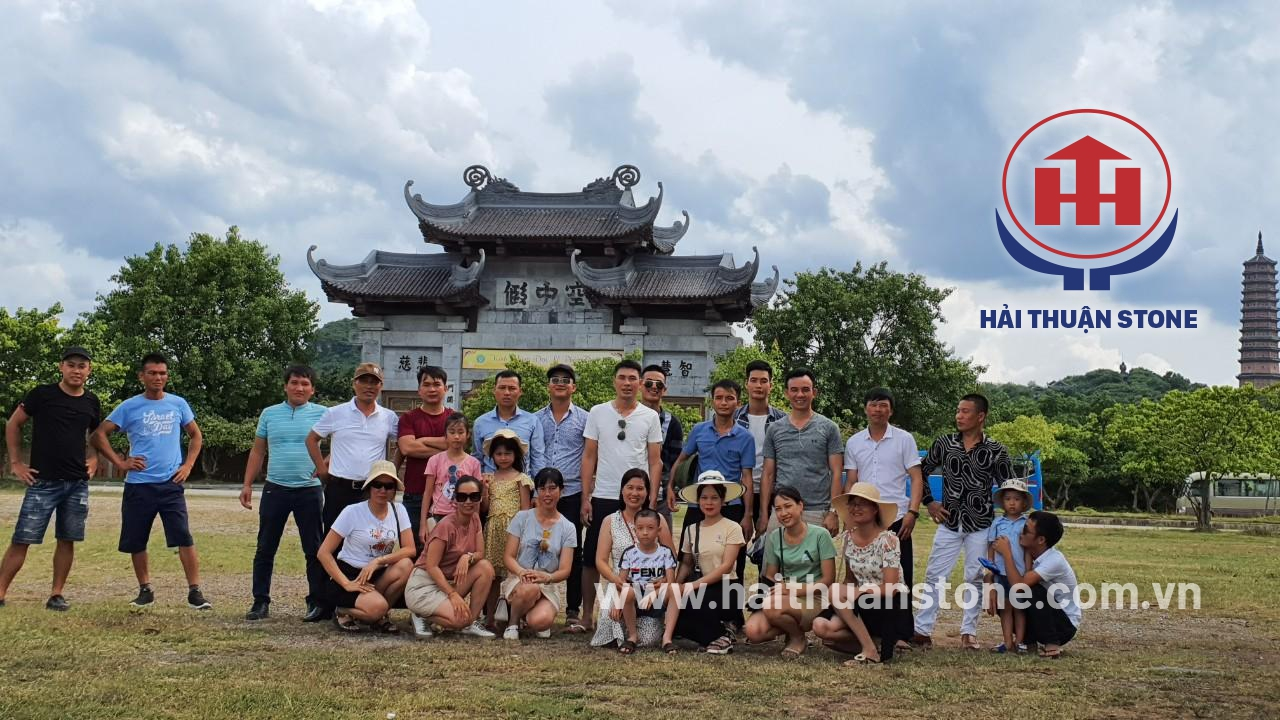HAI THUAN STONE JSC went to the pagoda at the beginning of the year 2