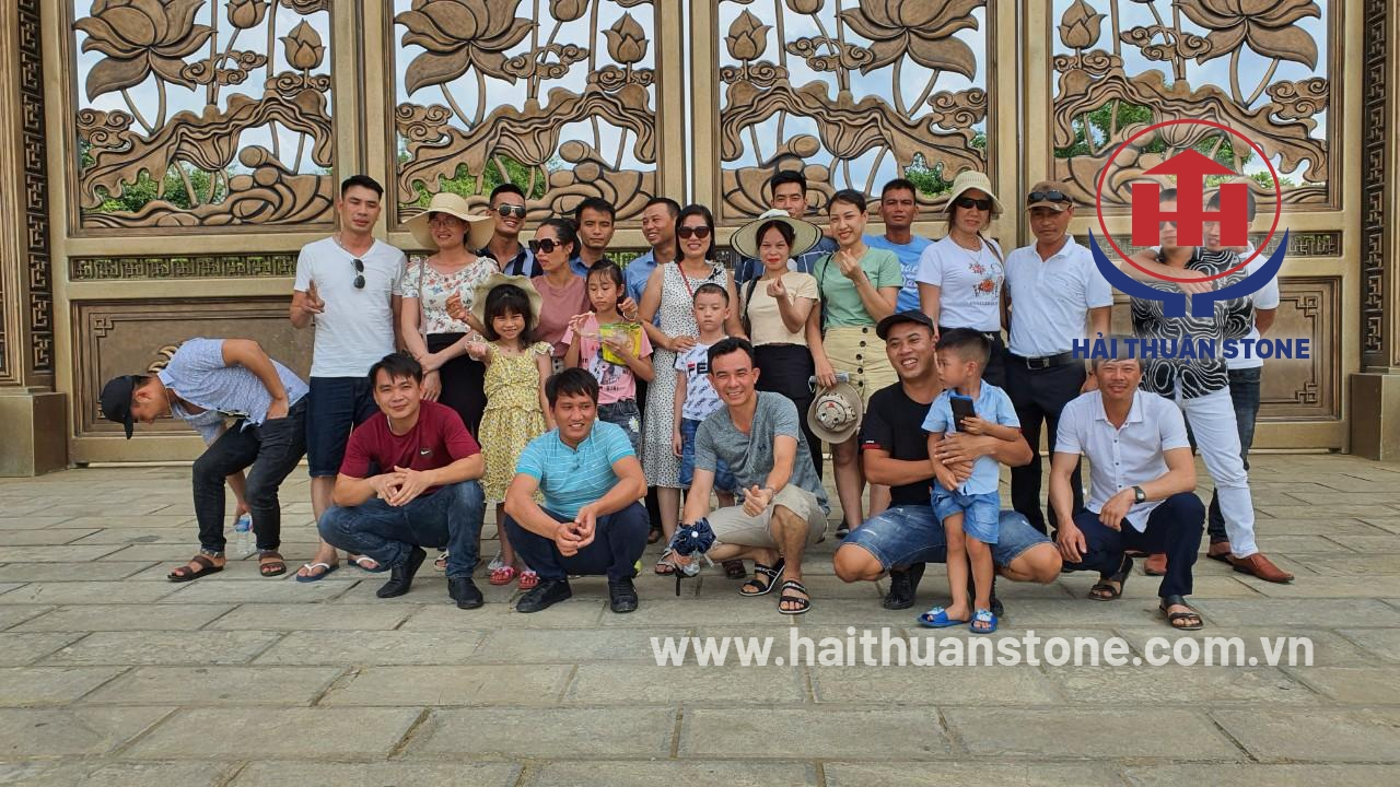 HAI THUAN STONE JSC went to the pagoda at the beginning of the year 3